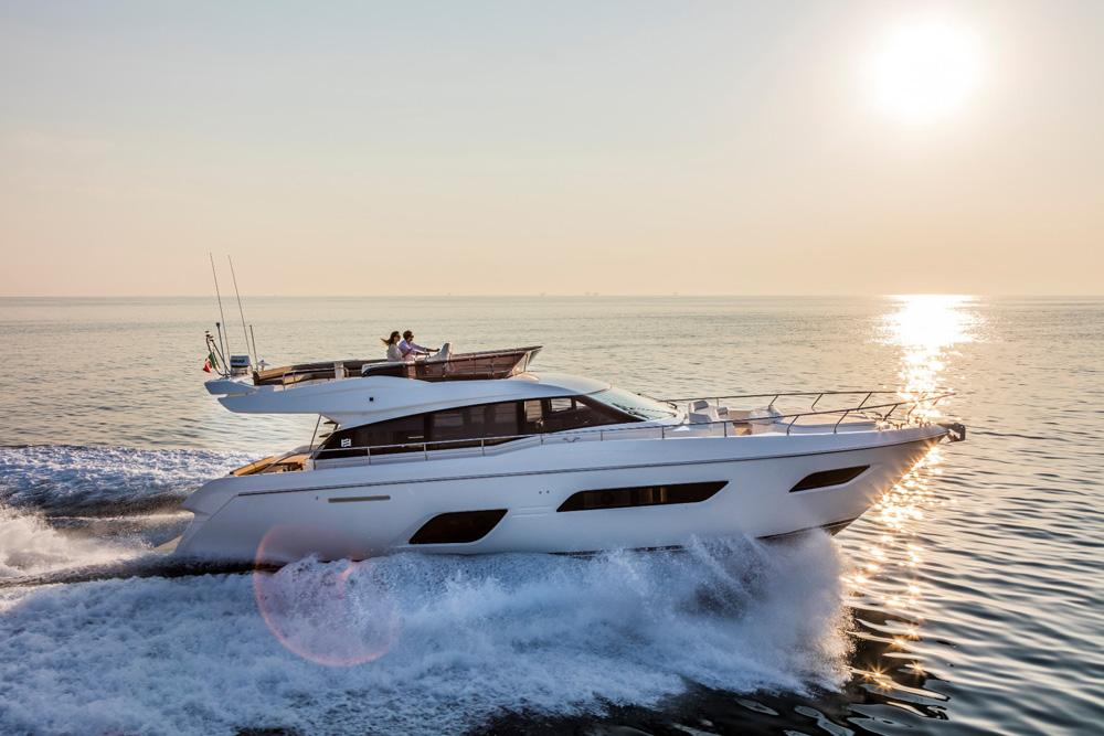 Exclusiva premier para Ferretti Yachts 550 y Riva Dominó 88