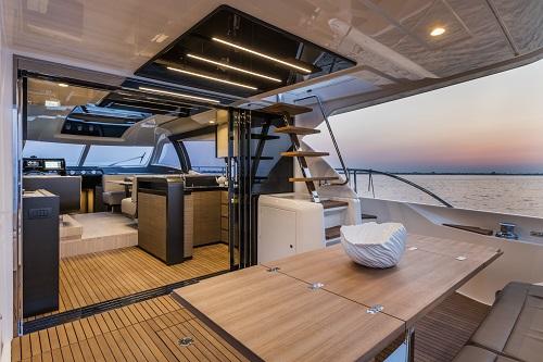 Ferretti Yachts 550, diseño sin precedentes