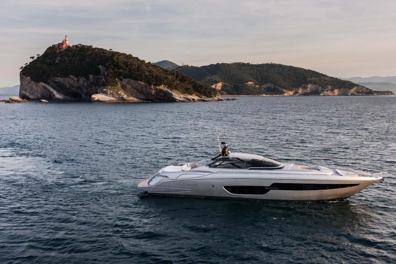 Ferretti trae consigo 7 modelos para el Palm Beach International Boat Show