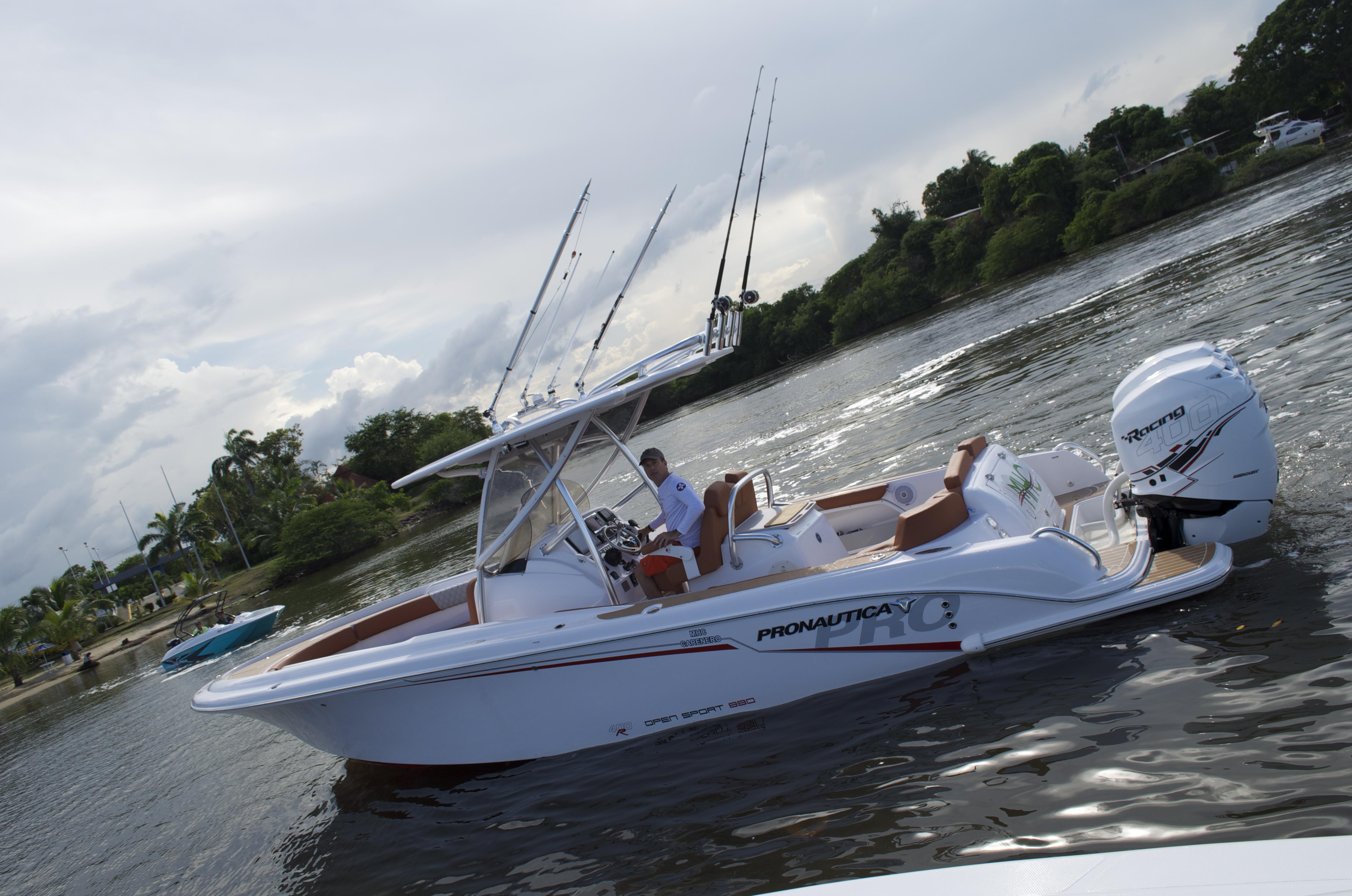 Open Sport 880 más que un barco, una experiencia